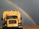 Kasachstan: Magirus Mercury unterm Regenbogen