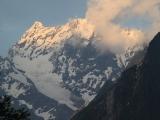 Abendlicht im Kaukasus bei Dombai